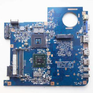 Материнская плата для ноутбука eMachines D525, D725, Acer Aspire 4732Z (HM40-MV 08242-1M 48.4BW01.01M, MBN4501002) на запчасти