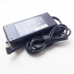Блок питания для ноутбука Asus 19V 4.74A 90W 5.5x2.5 (AC ADAPTER-90W, A065R01DL)