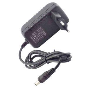 Блок питания для монитора, модема, роутера, ТВ-приставки, ресивера, камеры наблюдения, панели бегущей строки, зарядки аккумуляторов различных устройств 12V 2A 24W 5.5×2.5 Black Черный, настенный (OEM)